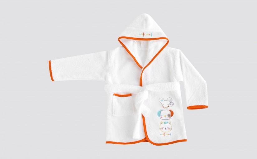 ¿Albornoces o capa y maxicapa de baño para bebé? Claves para una compra perfecta