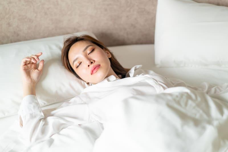 almohadas-conseguir-sueno-reparador